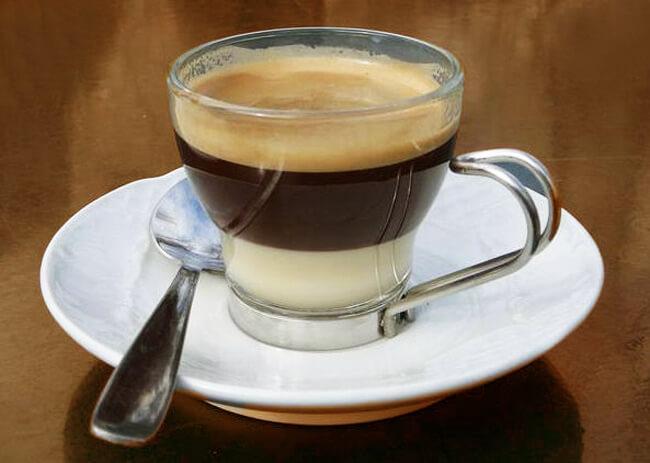 Lợi ích và tác hại của cà phê sữa