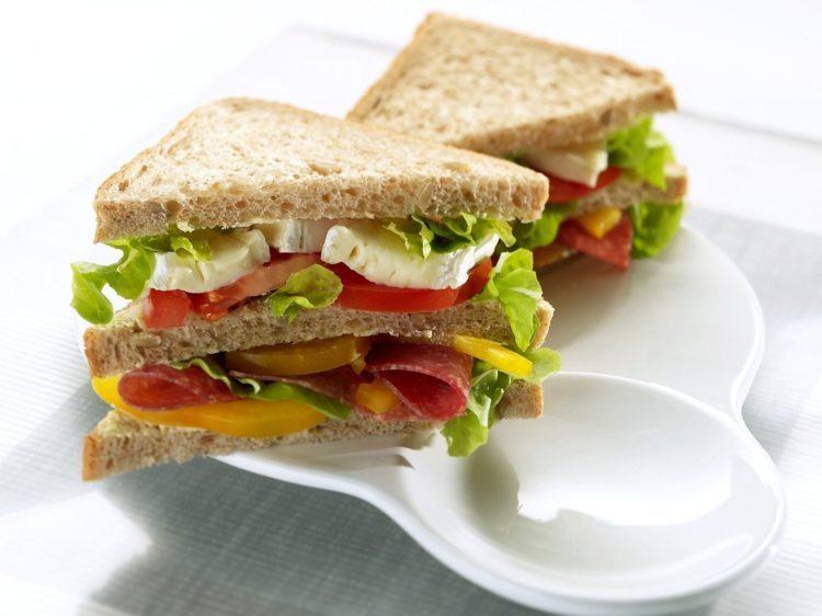 bánh mì sandwich có hương vị thơm ngon và tốt cho sức khỏe