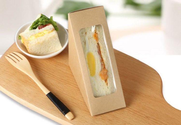 Bánh mì sandwich là món ăn nhẹ được ưa chuộng của nhiều người