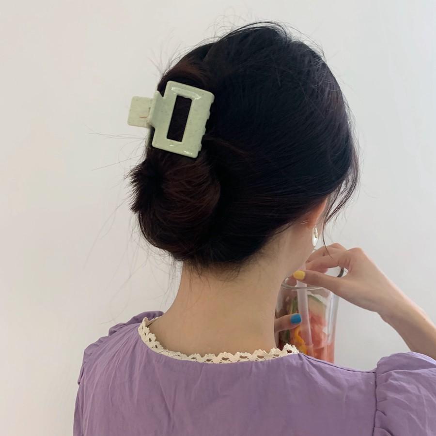 7 kiểu tóc đơn giản dịu dàng phong cách Hàn Quốc 3
