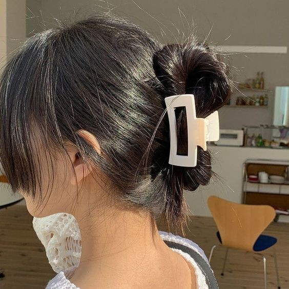 7 kiểu tóc đơn giản dịu dàng phong cách Hàn Quốc 12