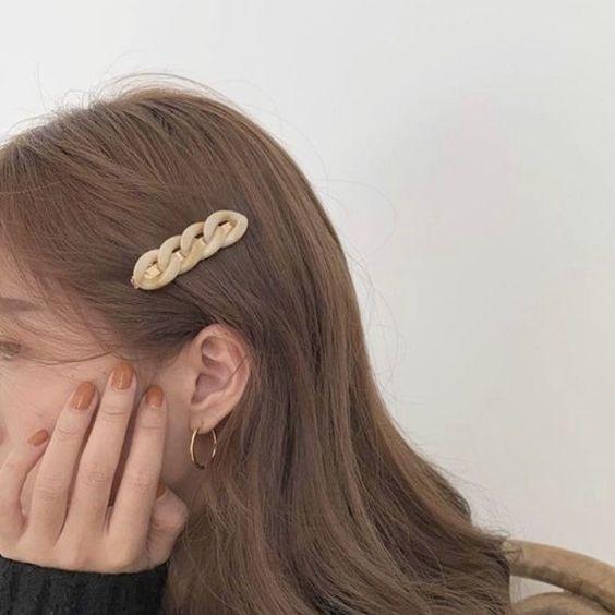 7 kiểu tóc đơn giản dịu dàng phong cách Hàn Quốc 5