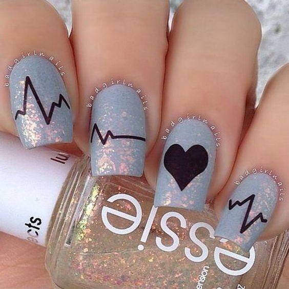 Bật mí 20 kiểu nail hình trái tim siêu xinh 14