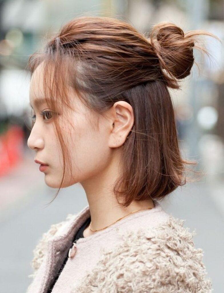 Bật mí 25+ kiểu tóc đơn giản nhưng không kém phần nữ tính 20