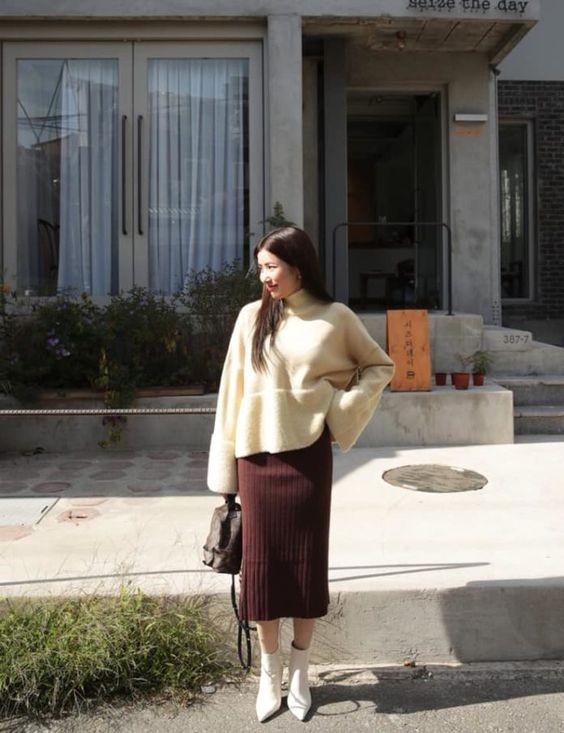 Chân váy bút chì phối với áo 13