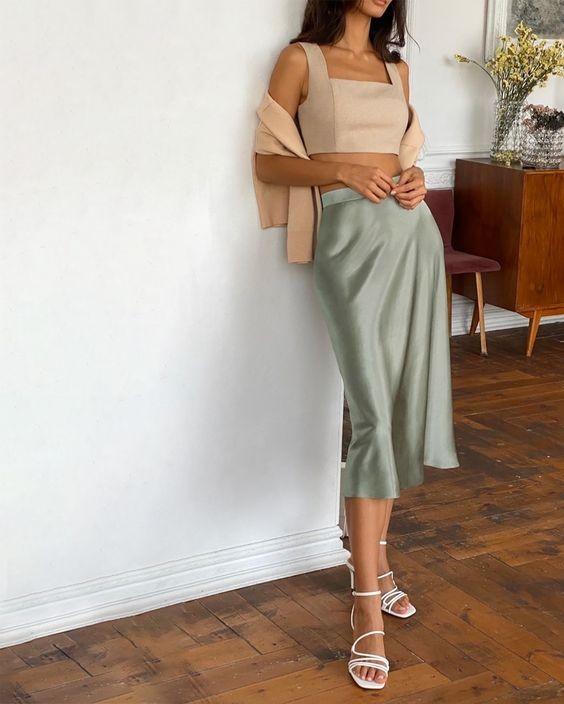 Chân váy bút chì phối với áo 16