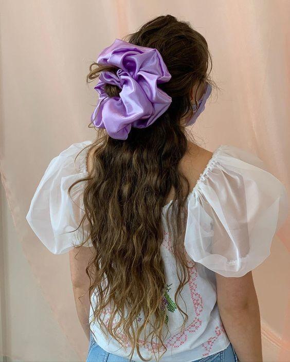 Đốn tim với 24+ kiểu tóc với scrunchies 13