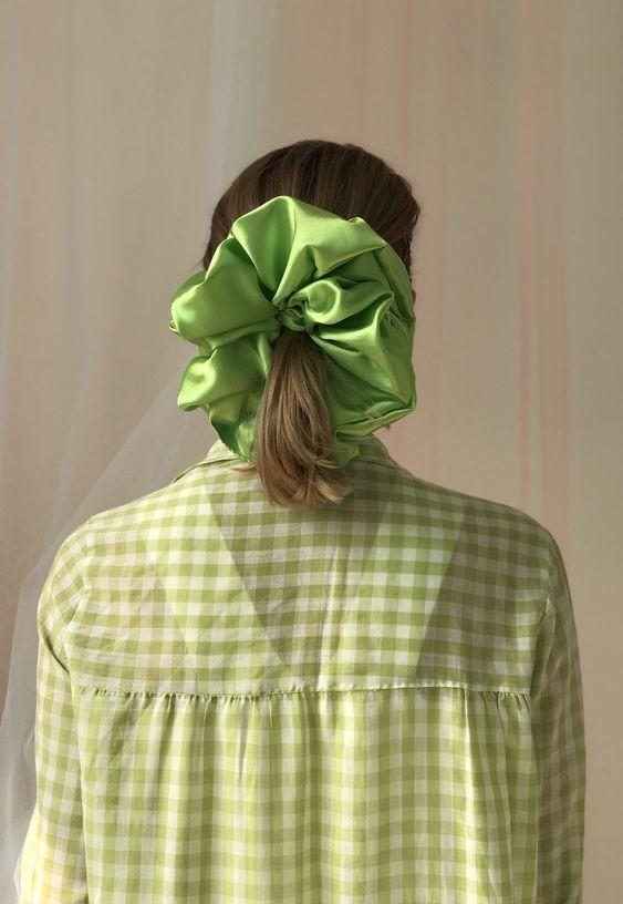 Đốn tim với 24+ kiểu tóc với scrunchies 17
