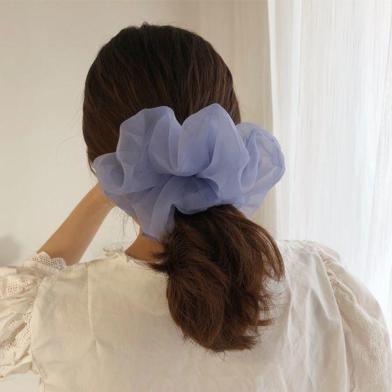 Đốn tim với 24+ kiểu tóc với scrunchies 8