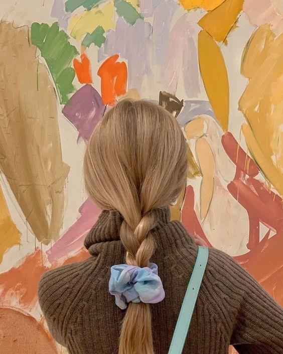 Đốn tim với 24+ kiểu tóc với scrunchies 9