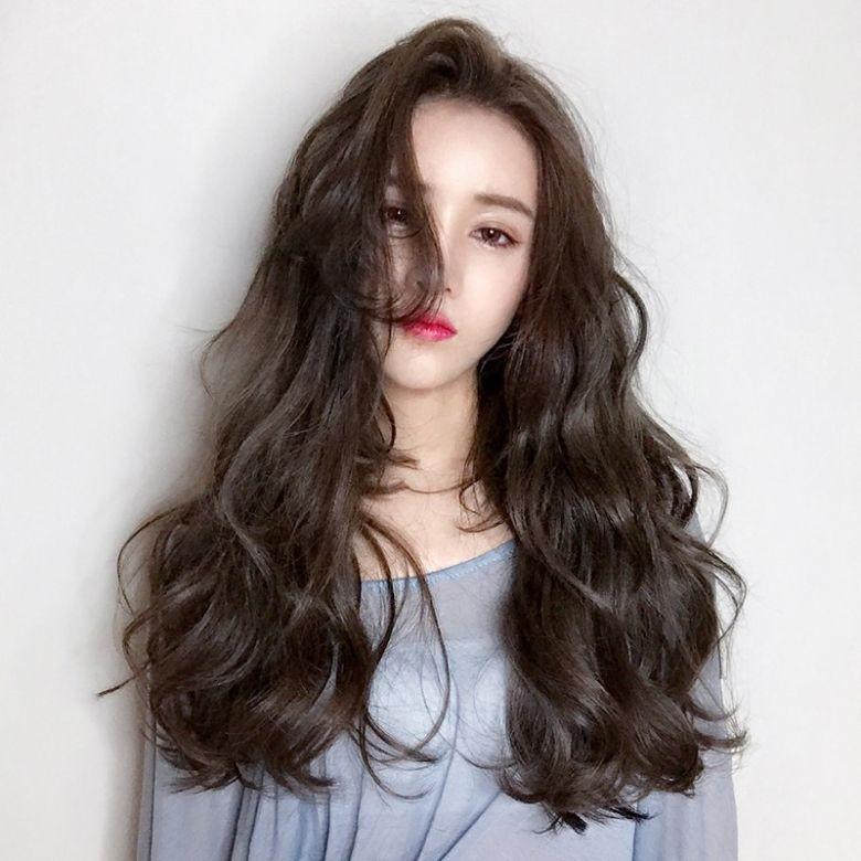 Gợi ý 4+ kiểu tóc xoăn bồng bềnh cho nàng thêm xinh 14