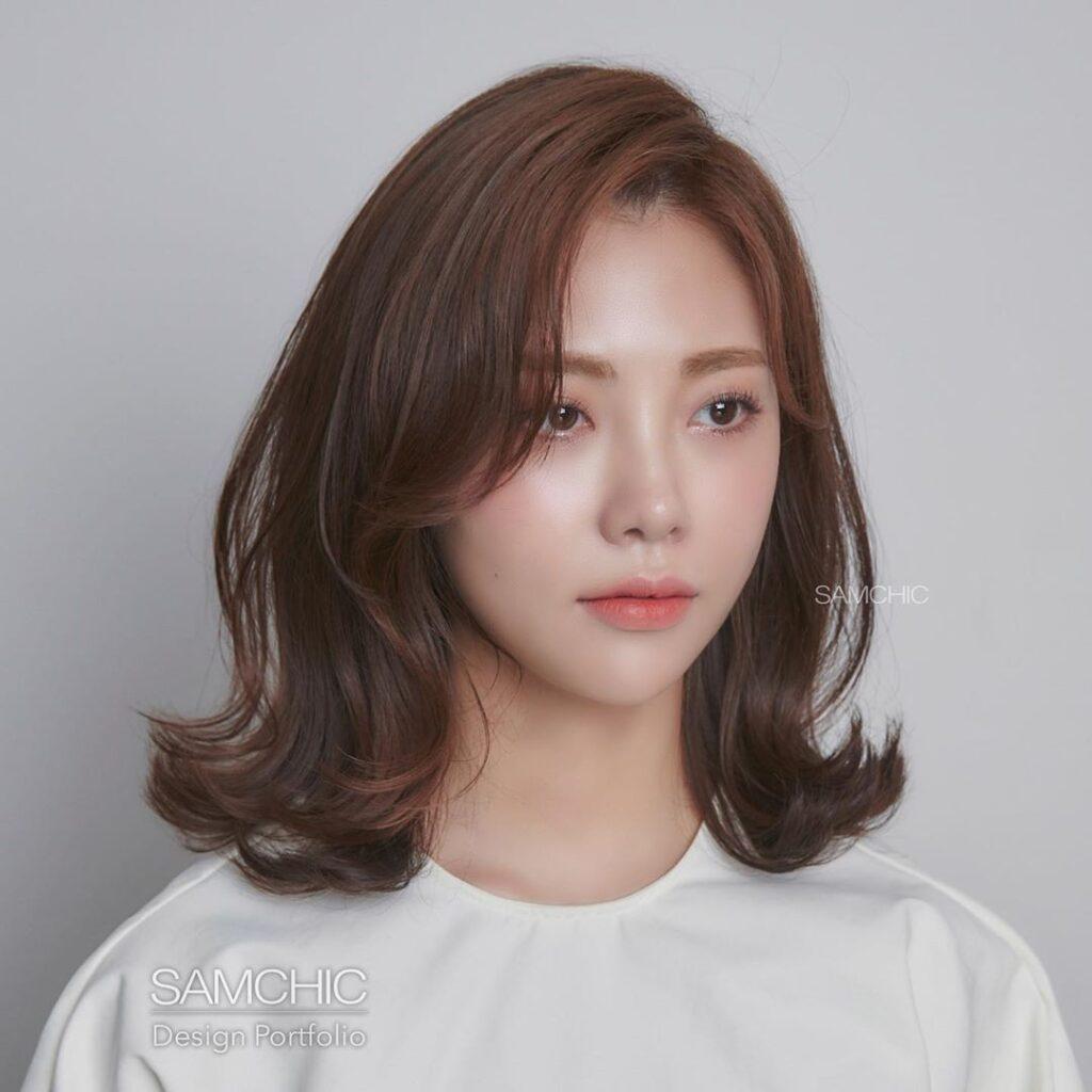 Gợi ý 4+ kiểu tóc xoăn bồng bềnh cho nàng thêm xinh 4
