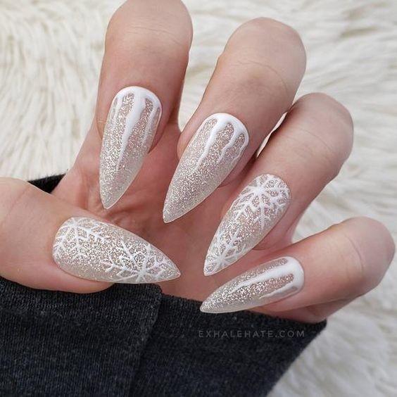các kiểu móng tay hoa tuyết 24