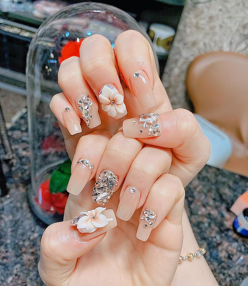 Mẫu nail phong cách nhẹ nhàng 13
