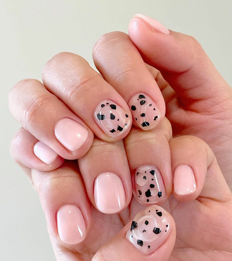 Mẫu nail phong cách nhẹ nhàng 18