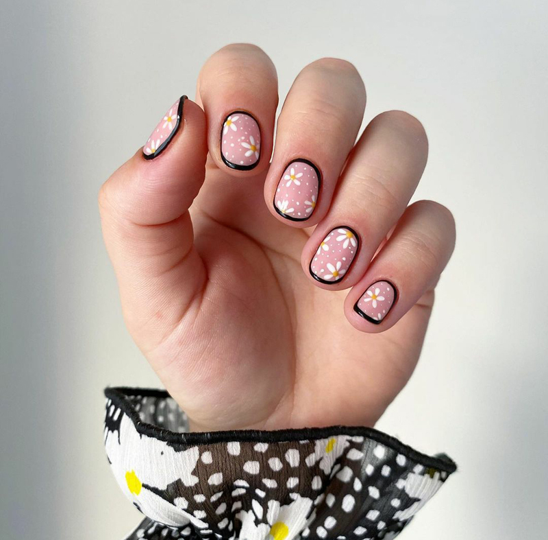 Mẫu nail phong cách nhẹ nhàng 19