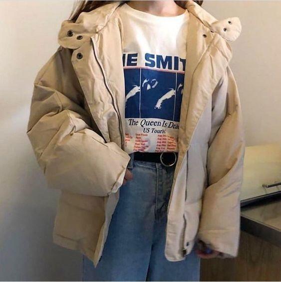 Mix áo thun trắng và quần jeans 27