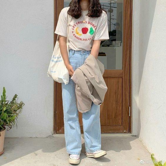 Mix áo thun trắng và quần jeans 4