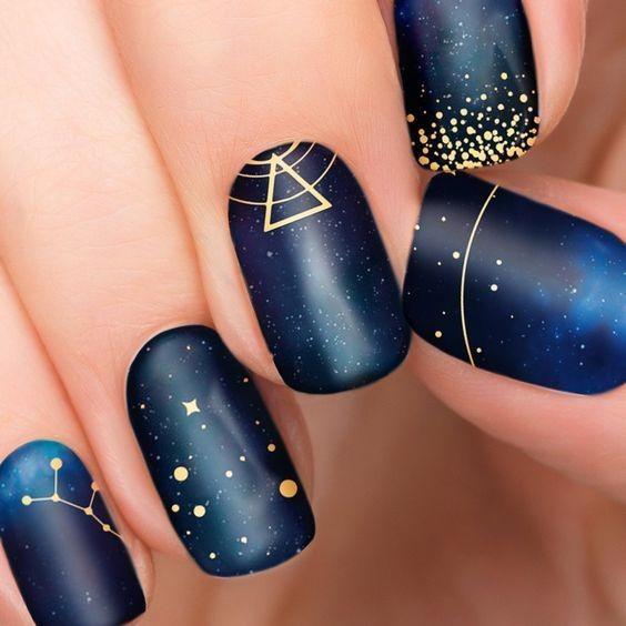 Nail galaxy 9
