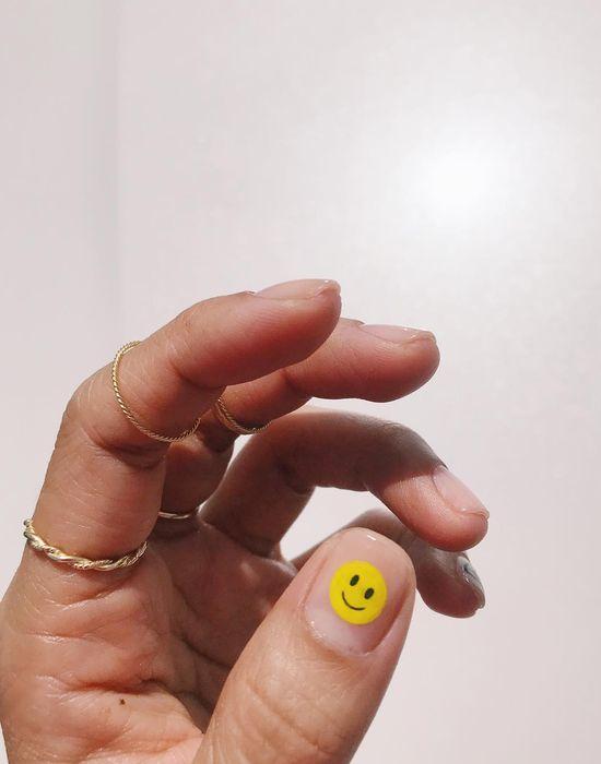 Nail mặt cười 18