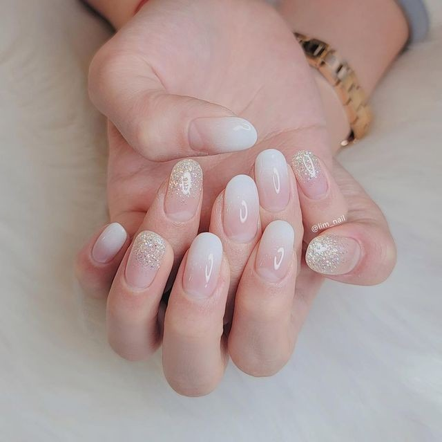Nail trắng ngọc trai 10