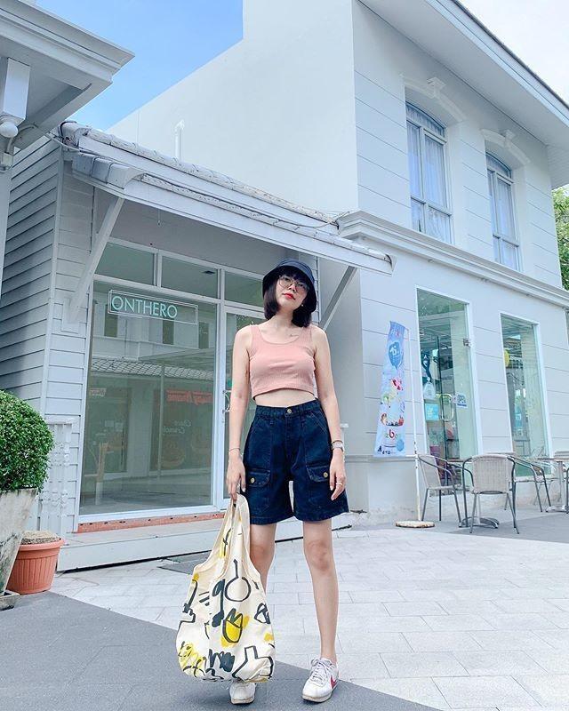 Phối đồ áo croptop cho mùa hè 12