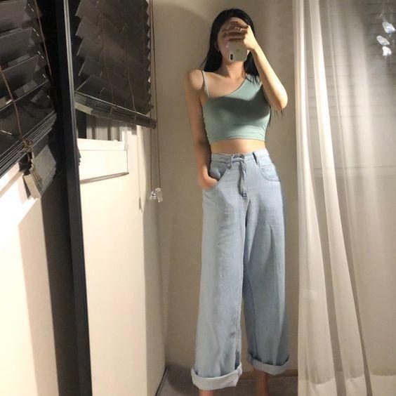 Phối đồ với quần jeans ống rộng 28