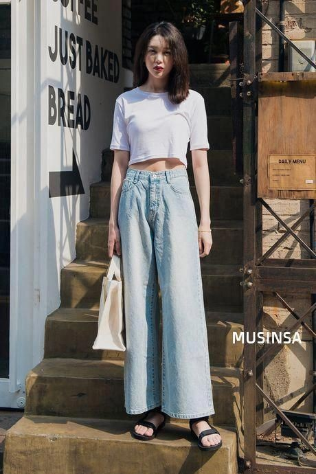 phoi-do-voi-quan-jeans-ong-rong