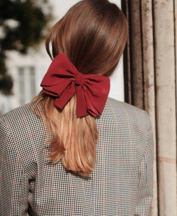 Kiểu tóc buộc thấp