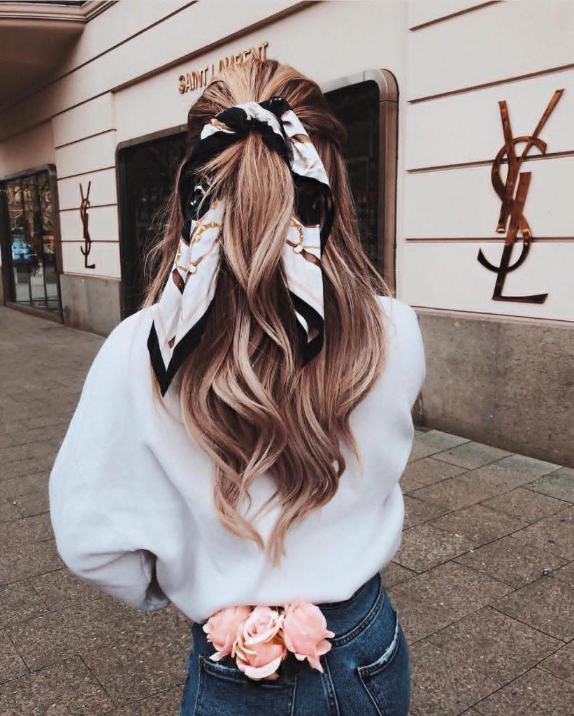 Buộc tóc 3