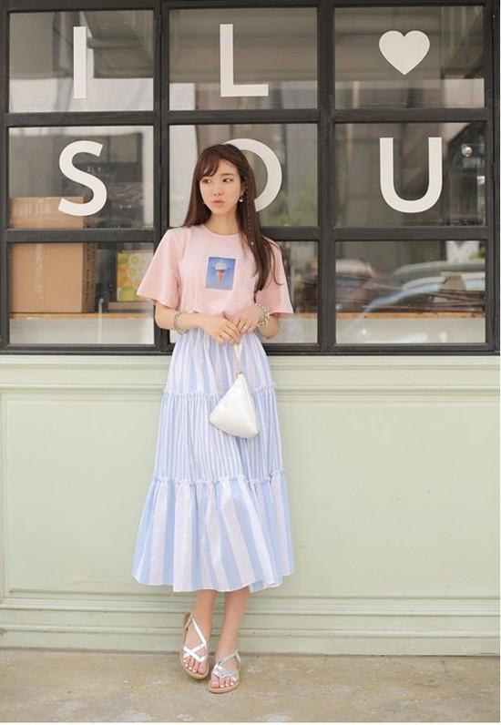 Áo phông + Chân váy dài 4