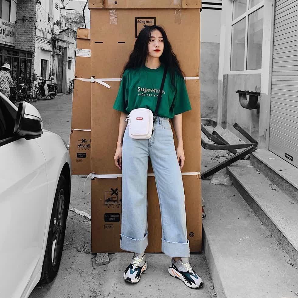 Áo phông + quần jeans 4