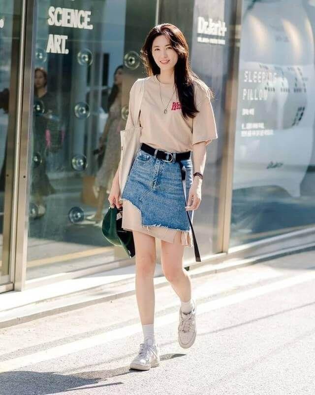 Áo phông + Chân váy ngắn 4