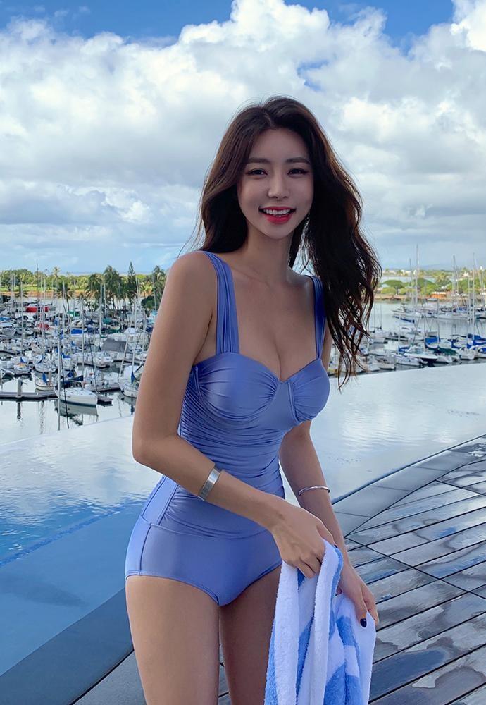 đồ bơi đi biển 12