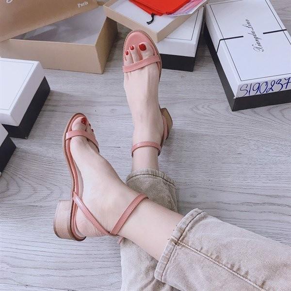Giày sandal quai mảnh 4