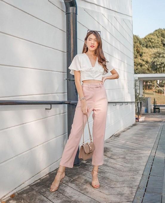 phối đồ với trang phục màu hồng_24