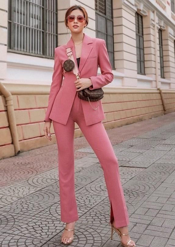 phối đồ với trang phục màu hồng_5