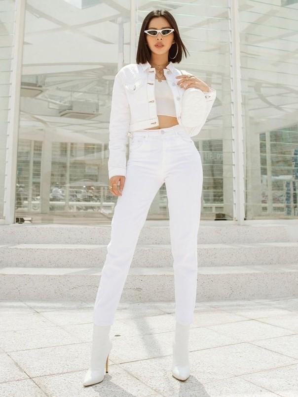 phối đồ với trang phục màu trắng_12