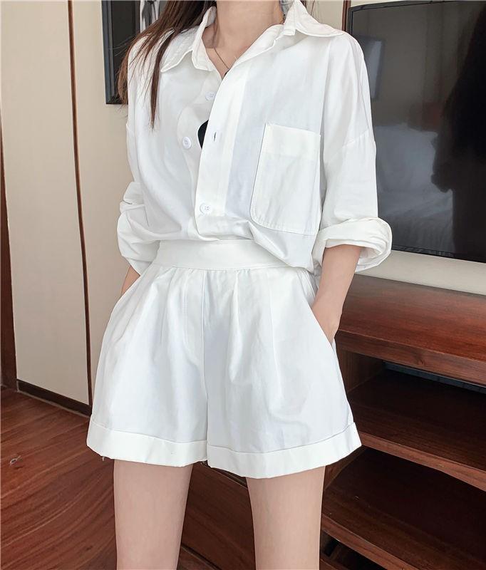phối đồ với trang phục màu trắng_41