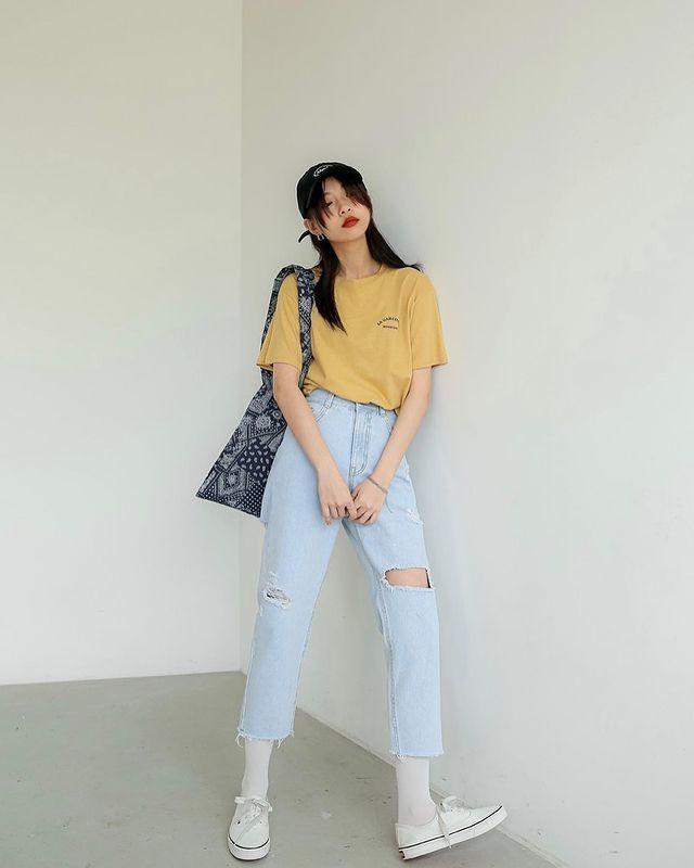 Áo thun và quần jeans_5