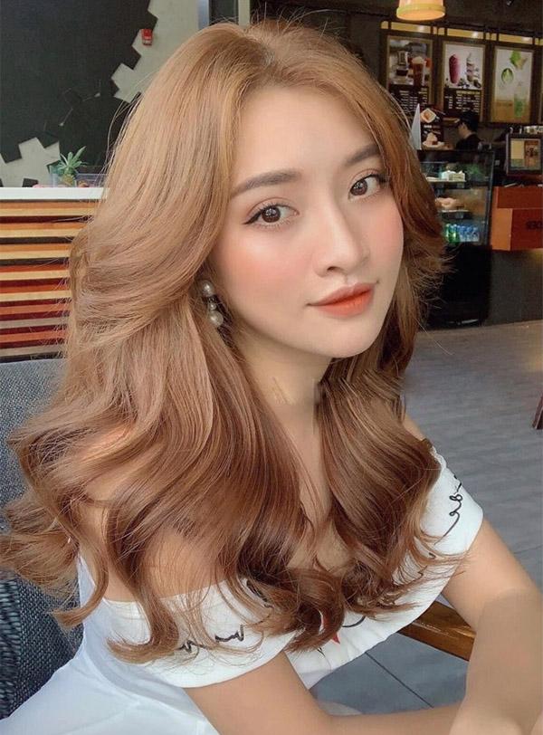 Tóc màu nâu lạnh ánh vàng_6