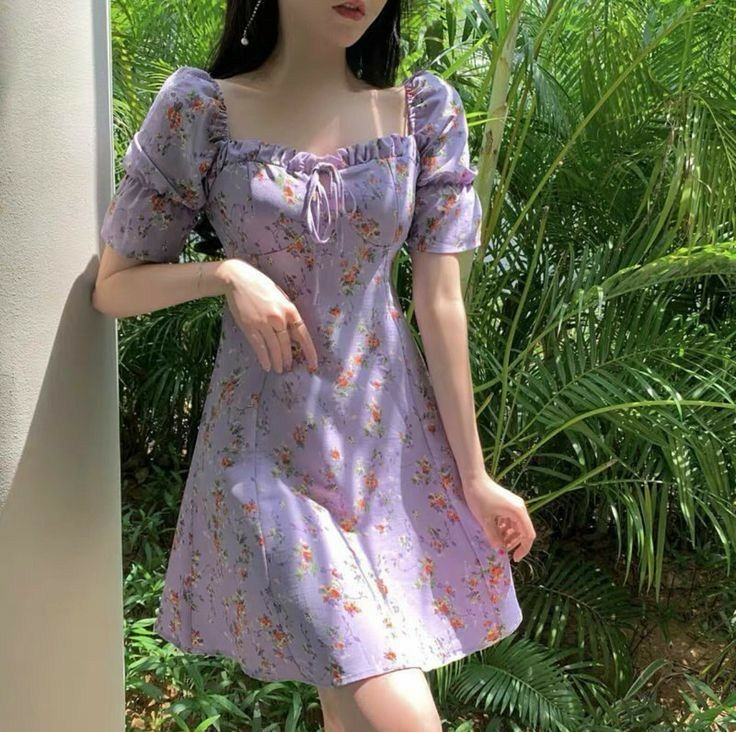 Váy ngắn cổ vuông_8