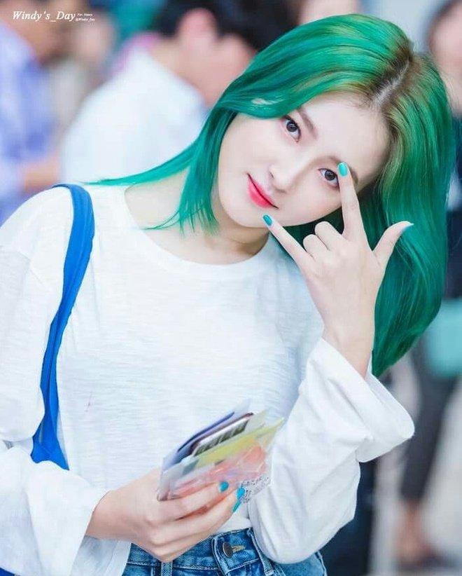 Tóc màu xanh rêu 001