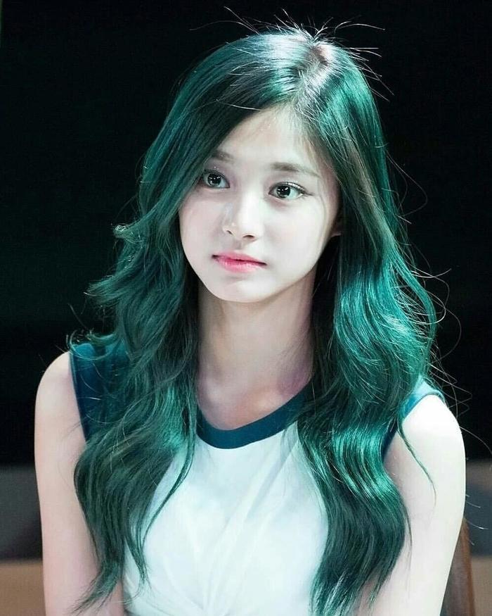 Tóc màu xanh rêu 002