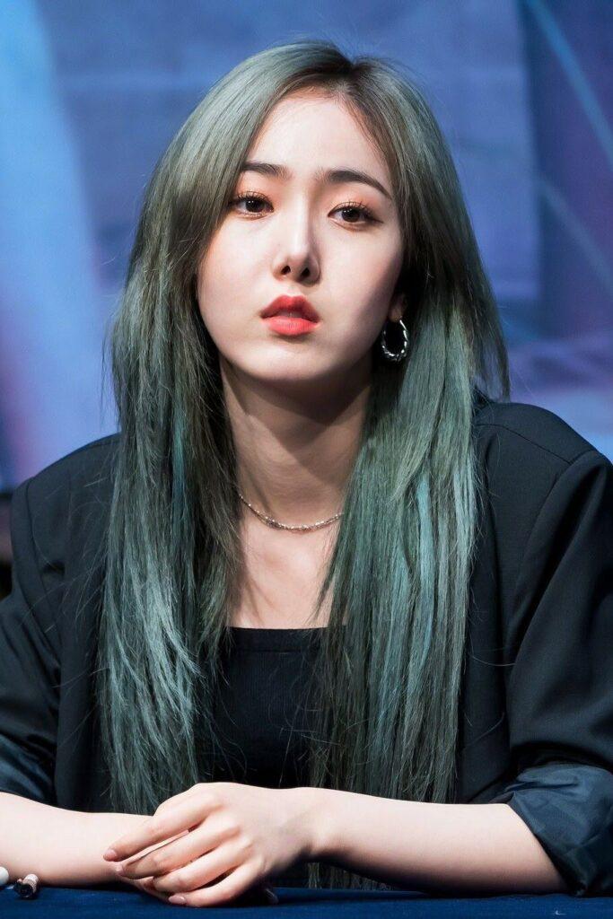 tóc màu xanh rêu_33