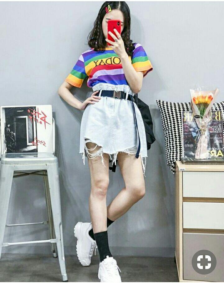 Trang phục màu sắc rực rỡ 3
