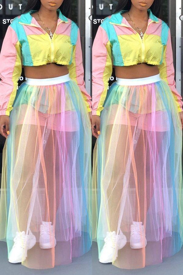 Trang phục màu sắc rực rỡ 5
