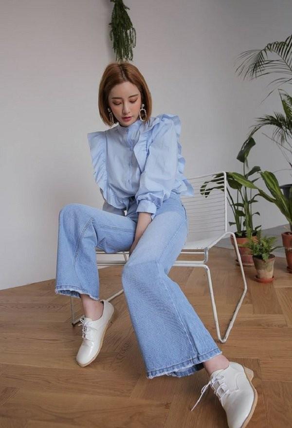 trang phục màu xanh biển _26