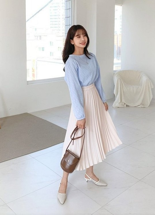 trang phục màu xanh biển _28