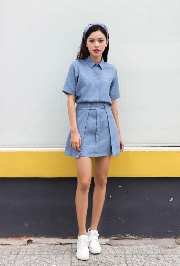 trang phục màu xanh biển _30